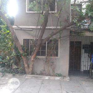 A Fairly Used 5bedroom Duplex At Yaba | Houses & Apartments For Rent for sale in Lagos State, Yaba