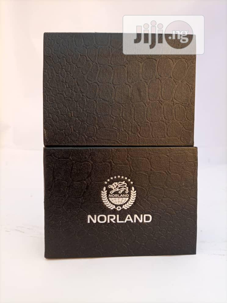 Archive: Norland Bracelets Reduces Knee Pain Problems