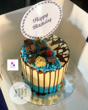 Birthday Cake With Chocolate Toppings   Meals & Drinks for sale in Lagos State, Alimosho