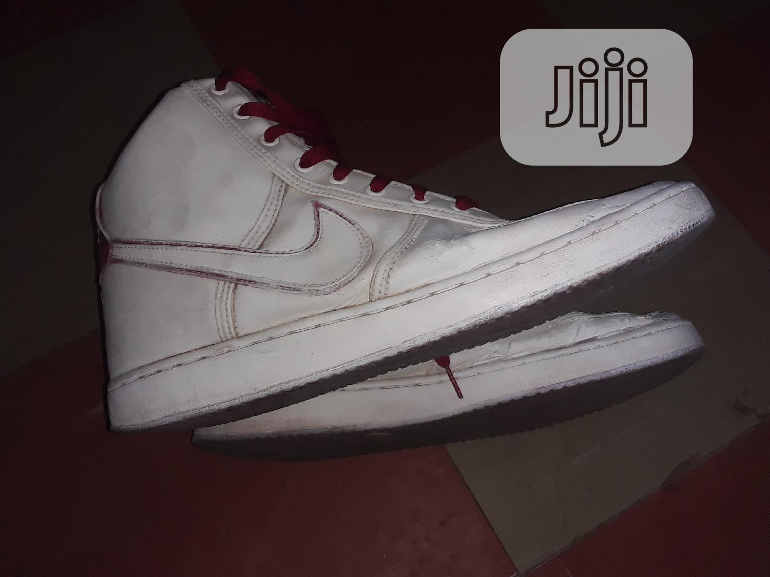 A Nike Sneakers | Shoes for sale in Apapa, Lagos State, Nigeria
