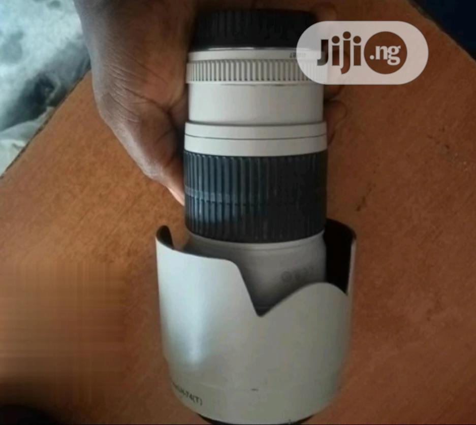 Photo Canon Lens