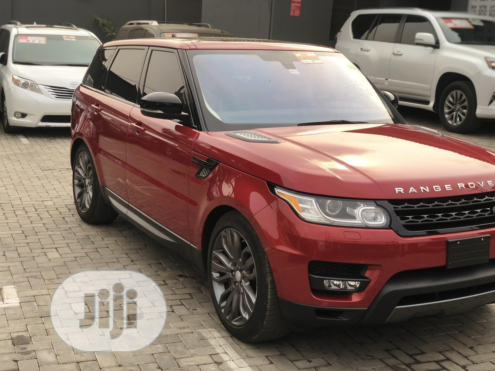 Archive: Land Rover Range Rover Sport 2016 SE 4x4 (3.0L 6cyl 8A) Red