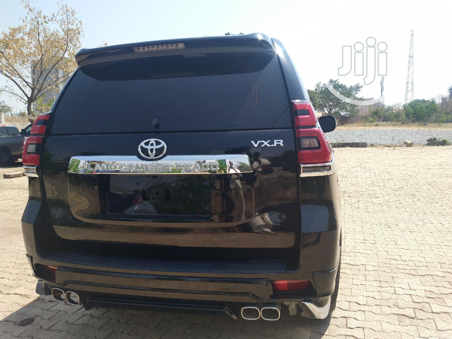 Archive: Toyota Land Cruiser Prado 2020 Black