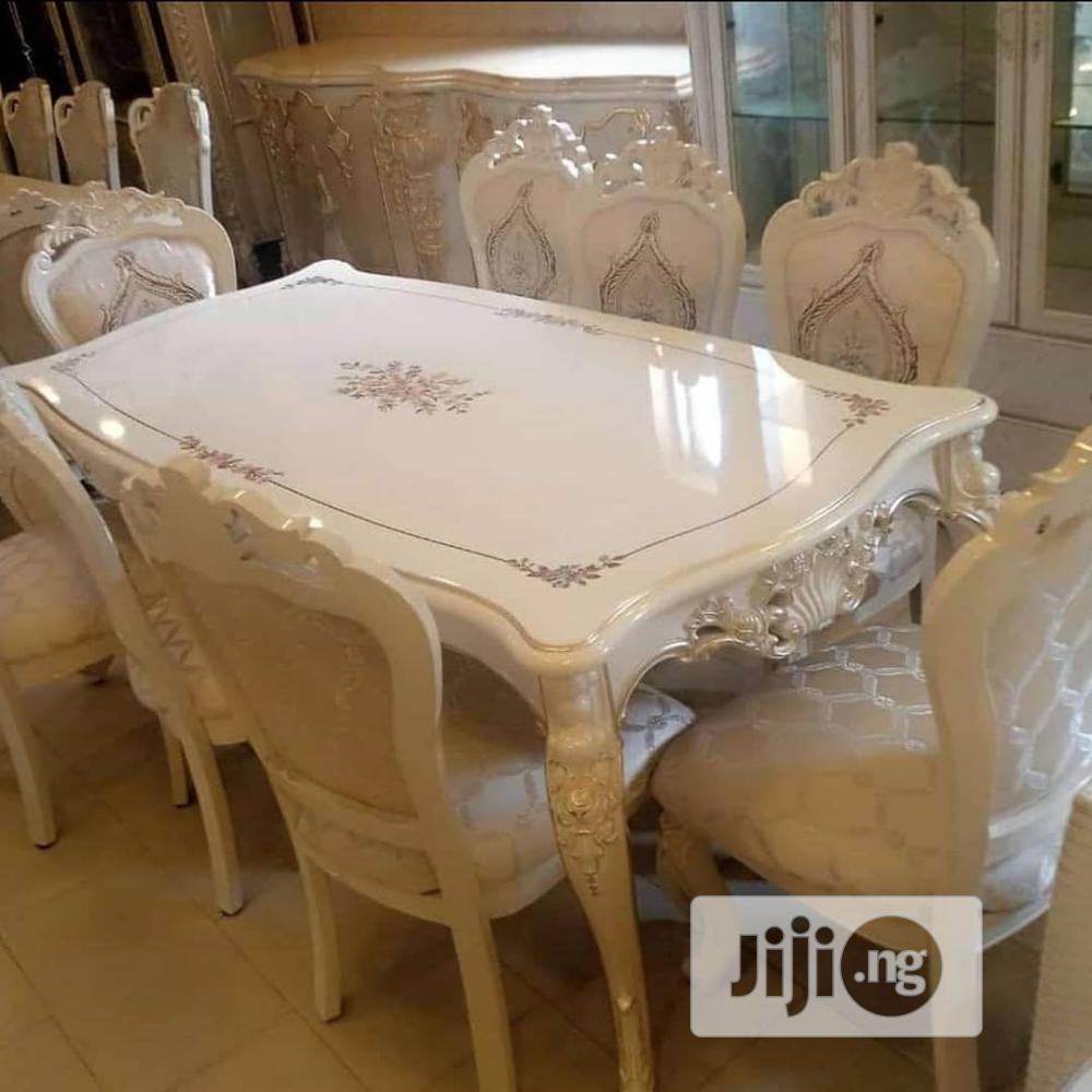Royal Dinning Table by 6seaters