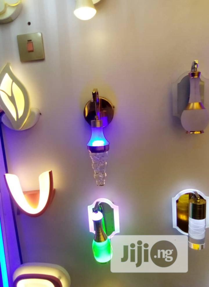 Beautiful Design Wall Bracket Light With Low Consumption