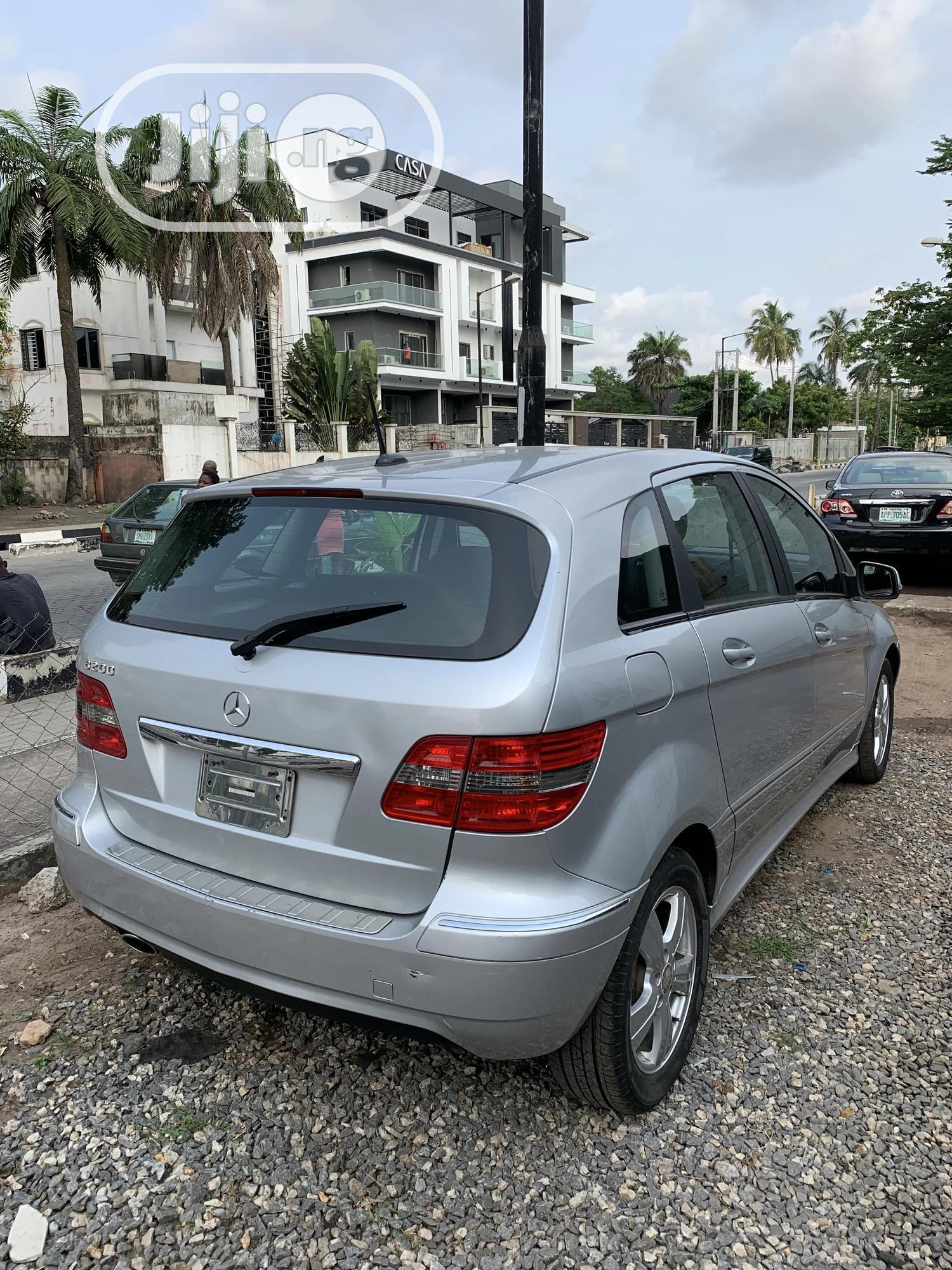 Mercedes-Benz B-Class 2010 Silver | Cars for sale in Ikoyi, Lagos State, Nigeria