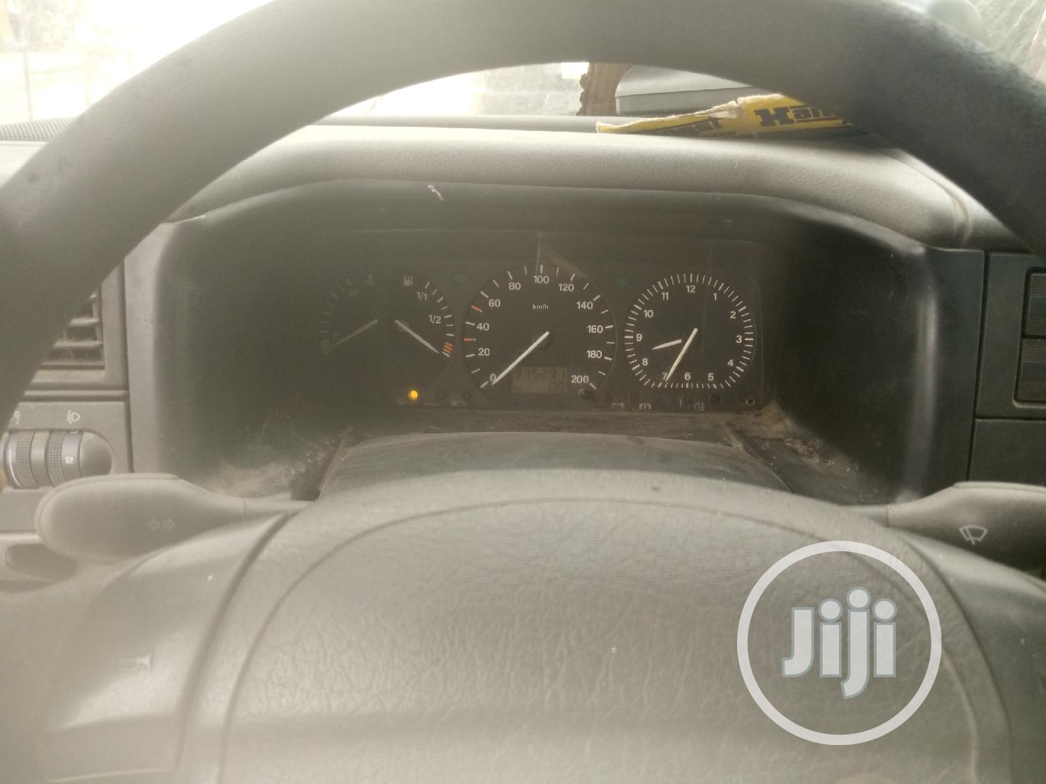 Tokunbo Volkswagen T4 Petrol Long Chassis With Working AC | Buses & Microbuses for sale in Surulere, Lagos State, Nigeria