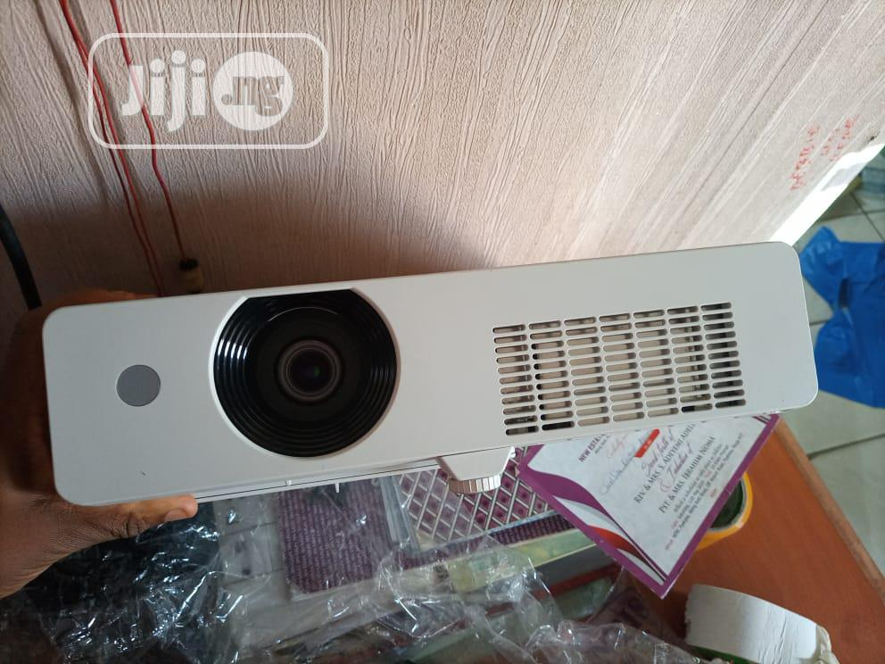 Very Sharp and Good Projector Available in Nigeria | TV & DVD Equipment for sale in Abaji, Abuja (FCT) State, Nigeria