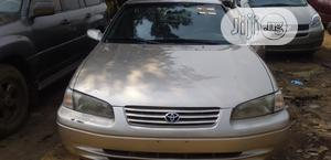 Toyota Camry 1999 Automatic Gold   Cars for sale in Lagos State, Alimosho