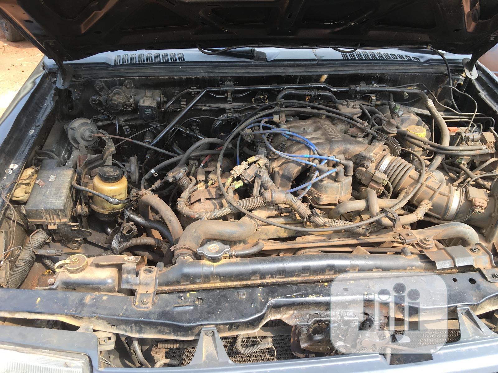 Archive: Nissan Xterra 1999 Automatic Black