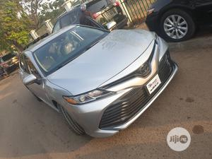 Toyota Camry 2018 LE FWD (2.5L 4cyl 8AM) Silver   Cars for sale in Abuja (FCT) State, Wuse 2