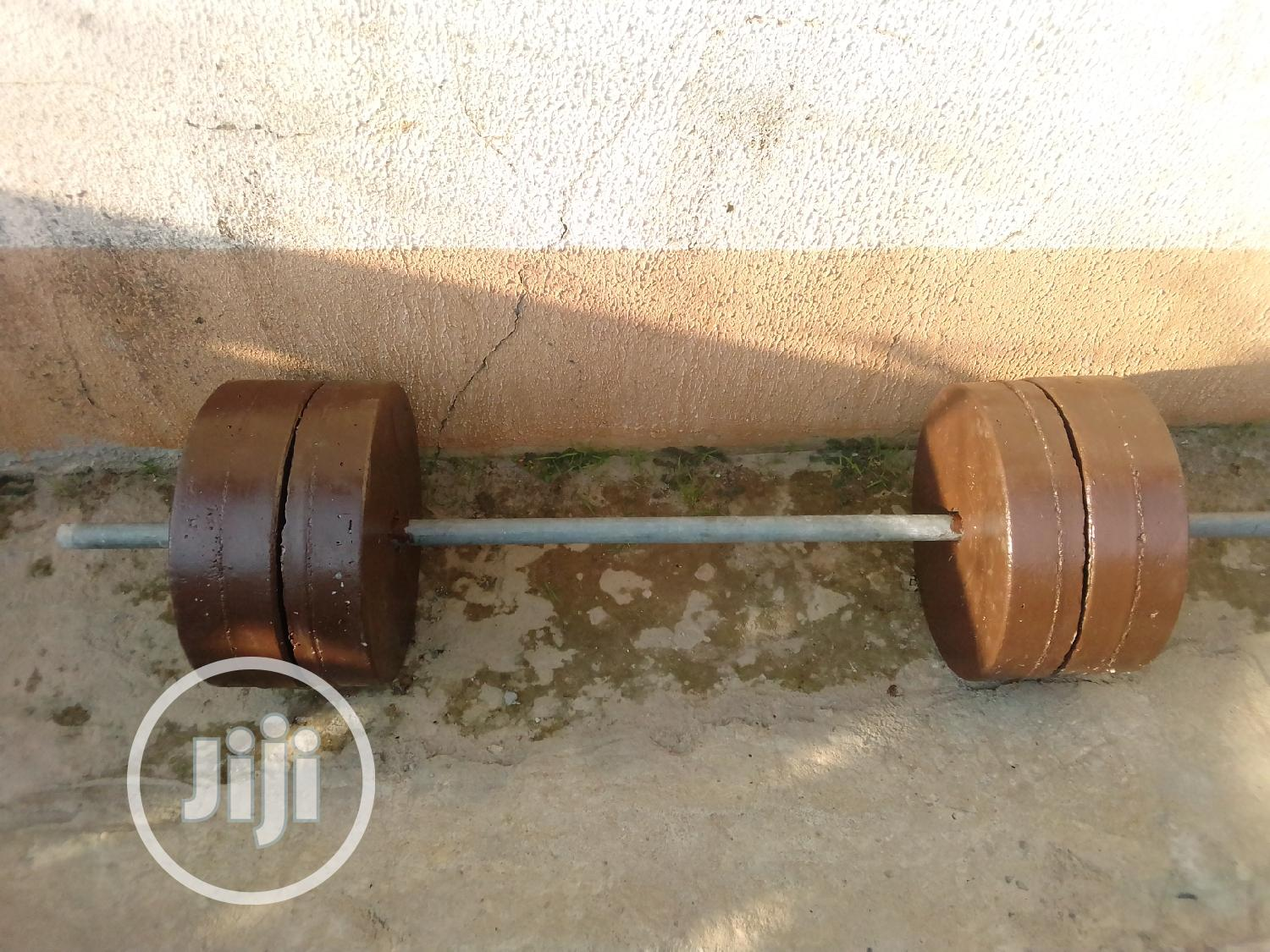 Archive: 50kg and 40kg Detachable Barbell at Affordable Price