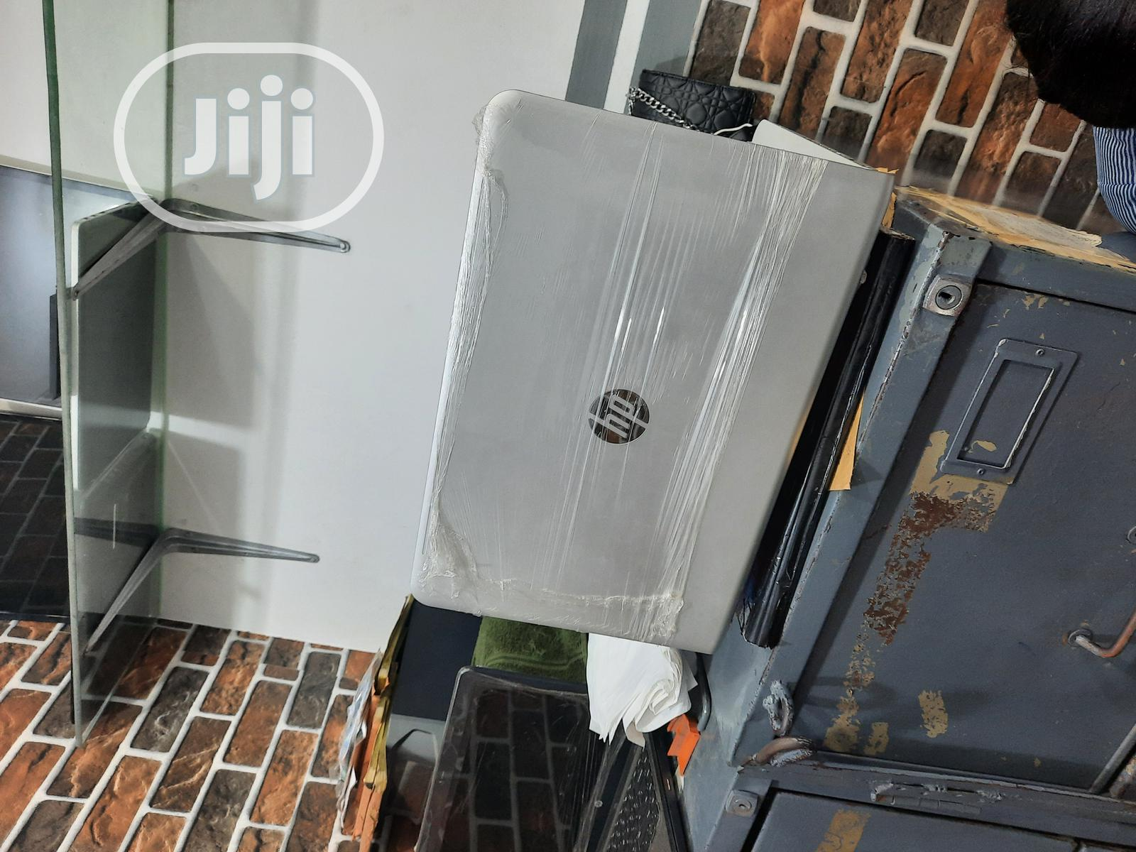 Archive: Laptop HP Envy 15t 8GB Intel Core I5 HDD 1T