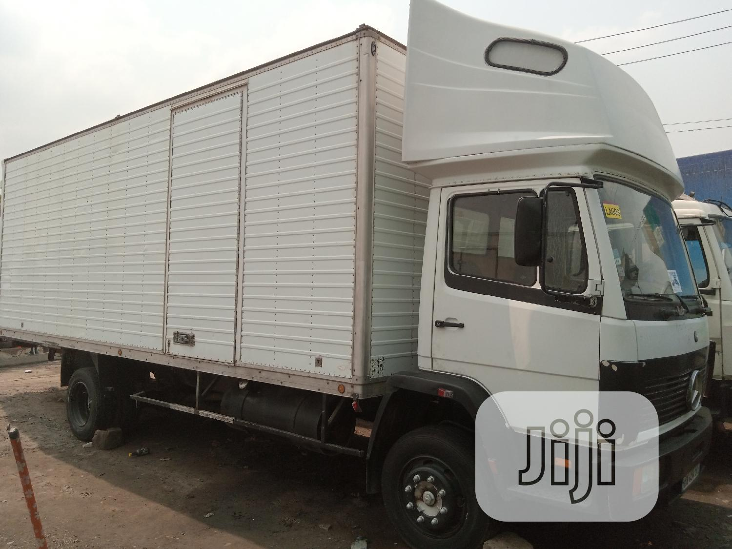 Mercedes Benz 1320 Container Body Truck White