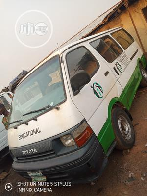 Toyota Hiace 2.4 2000 Green For Sale | Buses & Microbuses for sale in Lagos State, Alimosho