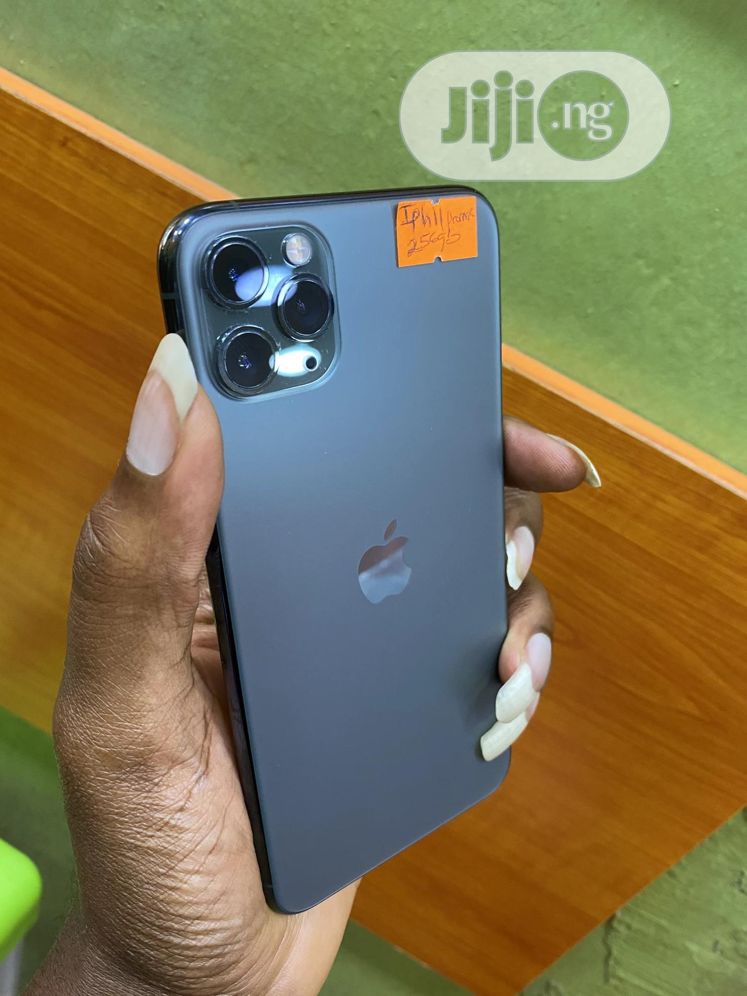 Apple iPhone 11 Pro Max 256 GB Green   Mobile Phones for sale in Ikeja, Lagos State, Nigeria