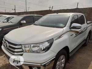 Toyota Hilux 2017 SR+ 4x4 White   Cars for sale in Lagos State, Surulere