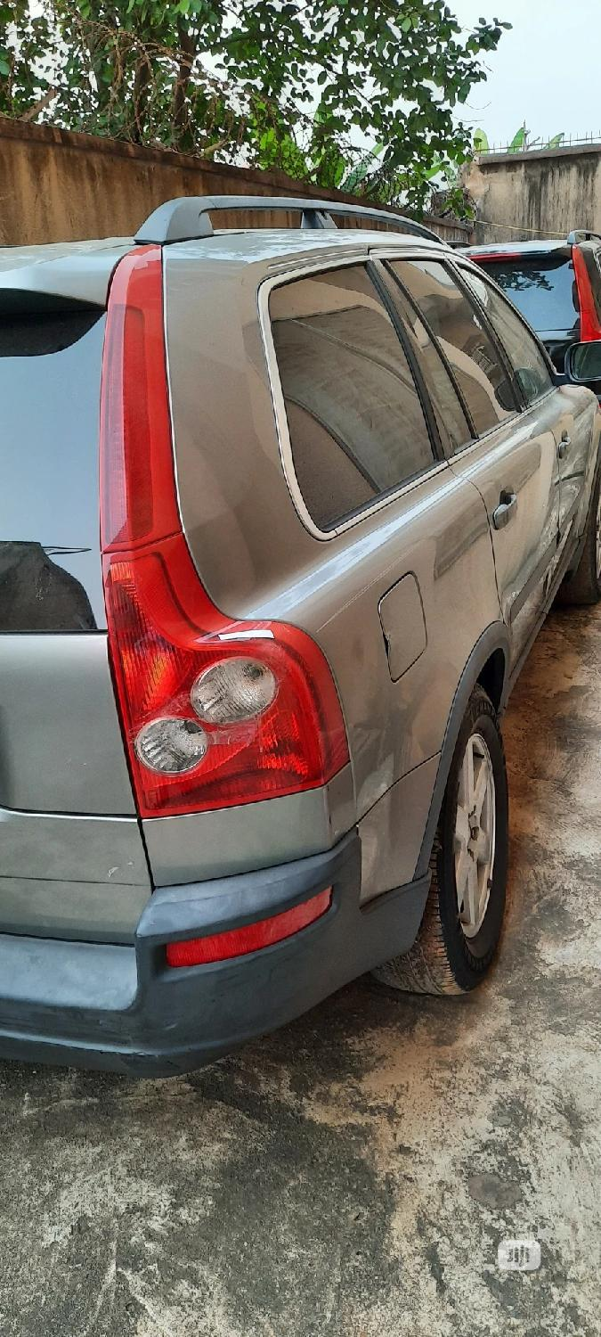 Archive: Volvo XC90 2006 2.5 T Green