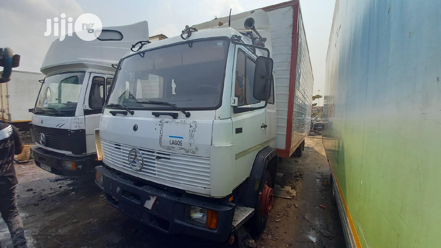 Foreign Used Mercedes-Benz 8bolts Container Body Truck | Trucks & Trailers for sale in Apapa, Lagos State, Nigeria