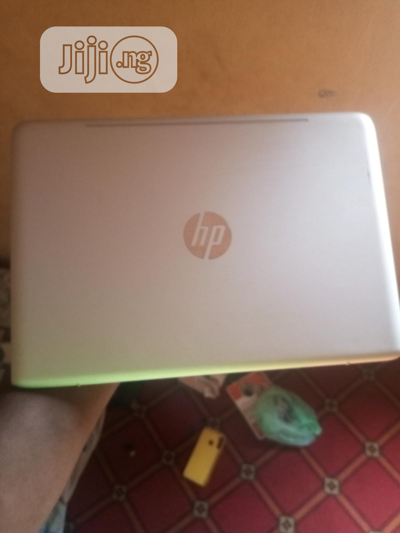 Archive: Laptop HP Envy 13 8GB Intel Core I7 SSD 256GB