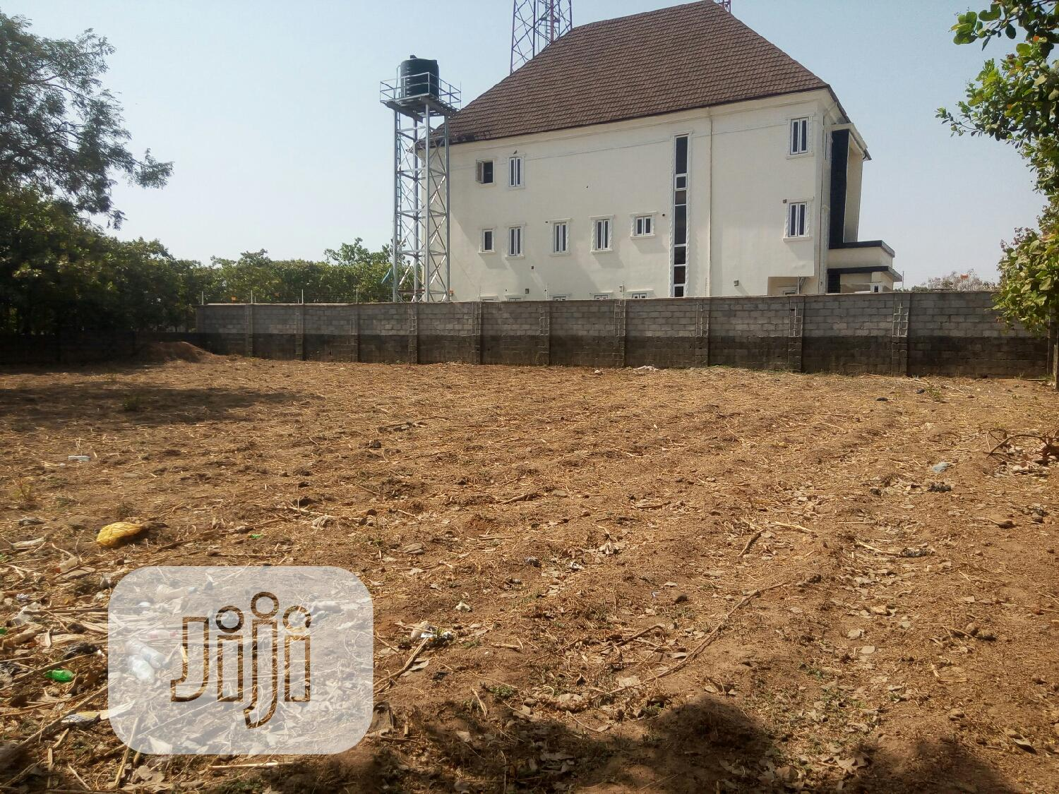 Archive: Commercial Fenced Plot