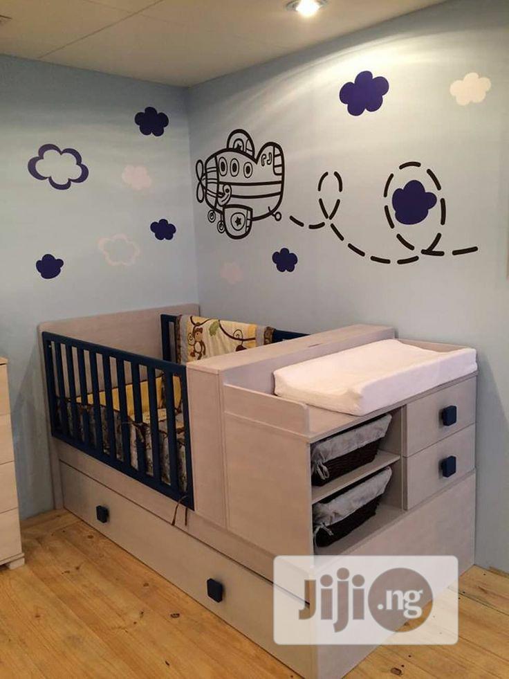 Baby Crib With Storage Drawer