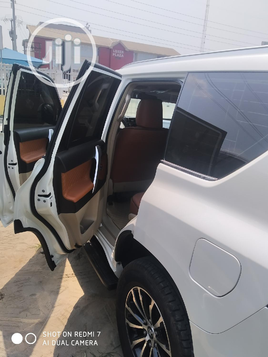 Archive: Toyota Land Cruiser Prado 2014 White