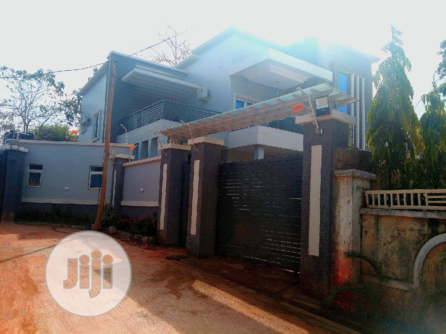 Archive: Newly Built 4 Bedroom Duplex Situated on a 450 Sqm Land