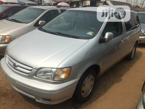 Toyota Sienna 2002 LE Silver | Cars for sale in Lagos State, Apapa