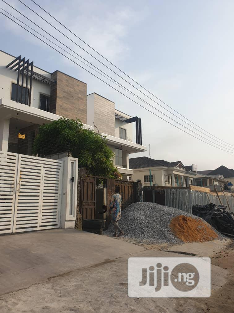 5 Bedroom Detached Duplex For Sale