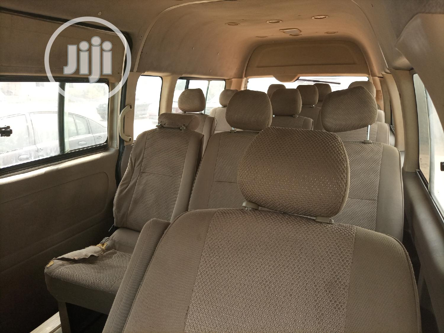 2012 Innoson 18 Seater Bus | Buses & Microbuses for sale in Kubwa, Abuja (FCT) State, Nigeria