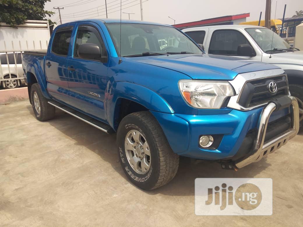 Toyota Tacoma 2012 Double Cab V6 Automatic Blue