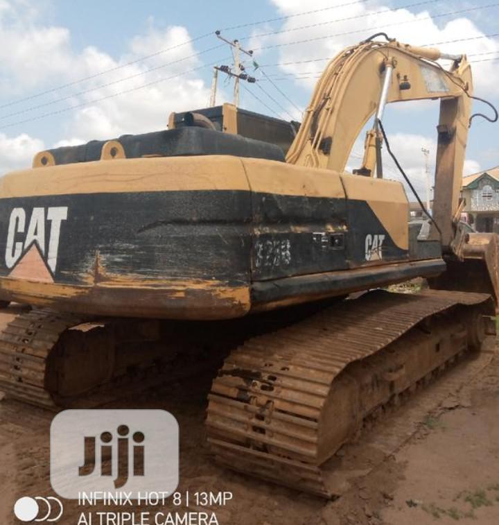 Cat Escalator 323B 2010 | Heavy Equipment for sale in Benin City, Edo State, Nigeria