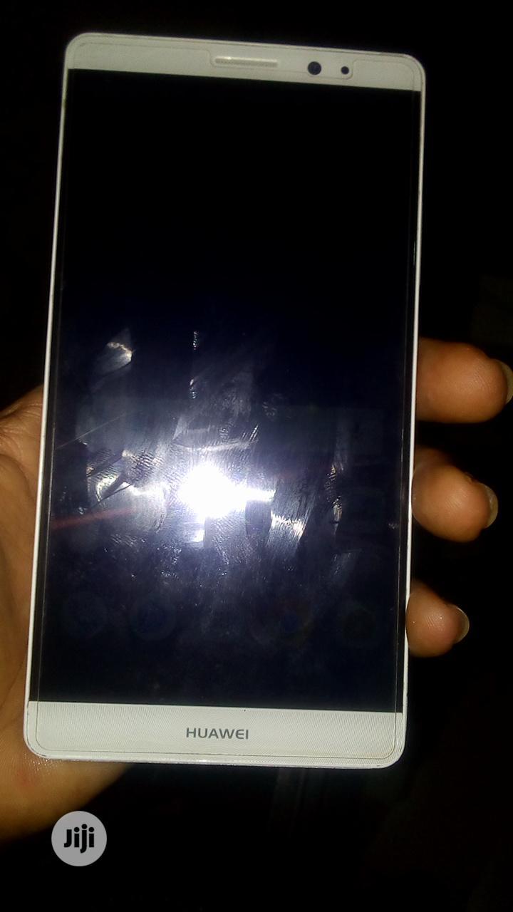 Huawei Mate 8 32 GB Gold   Mobile Phones for sale in Ibadan, Oyo State, Nigeria
