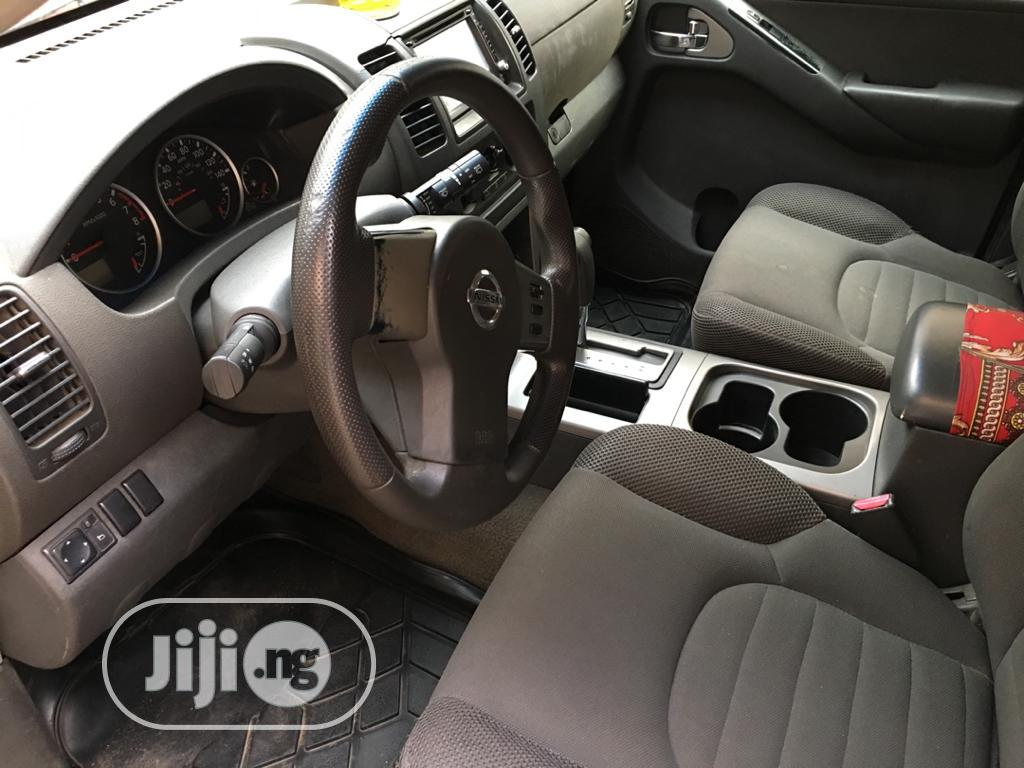 Nissan Pathfinder 2006 LE 4x2 Red | Cars for sale in Benin City, Edo State, Nigeria
