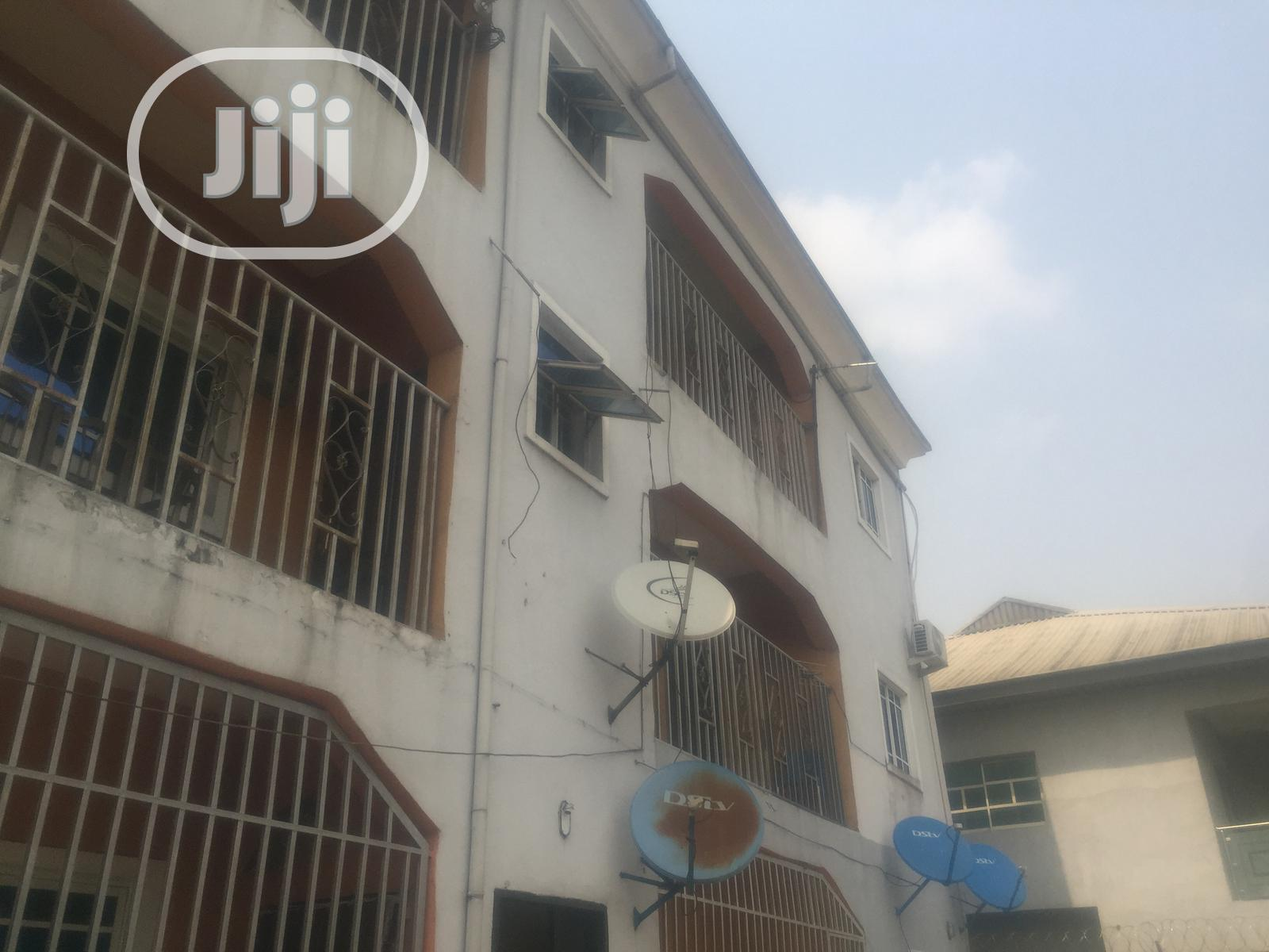 Executive 2 Bedroom Flat for Rent