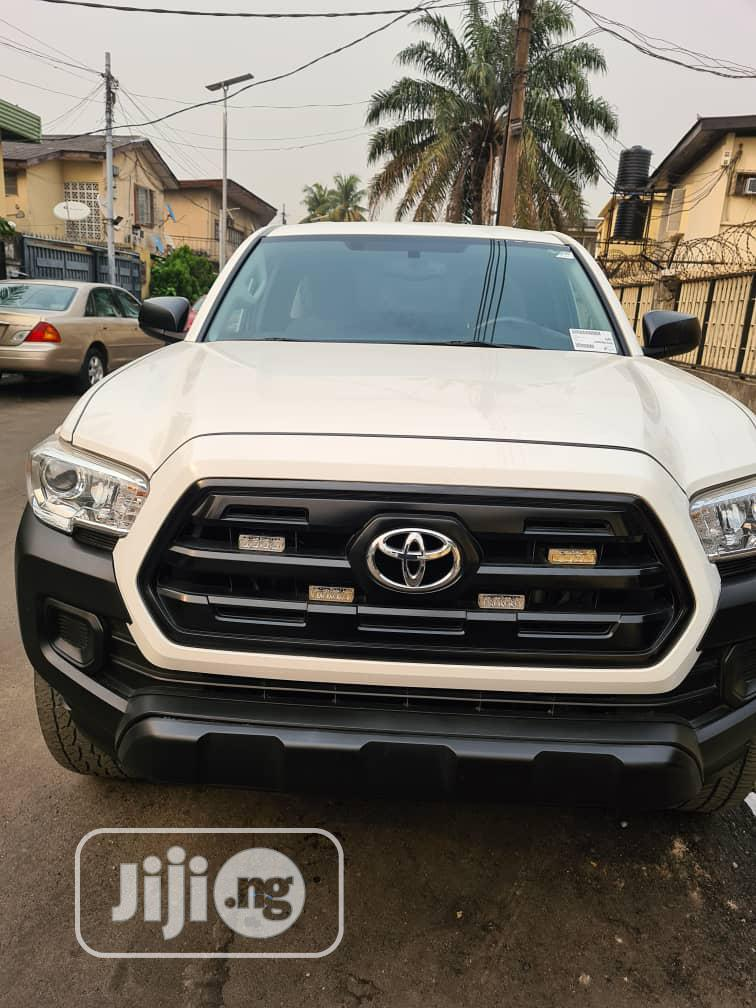 Toyota Tacoma 2017 TRD Pro White | Cars for sale in Yaba, Lagos State, Nigeria