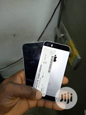 Apple iPhone SE 128 GB   Mobile Phones for sale in Lagos State, Ikeja