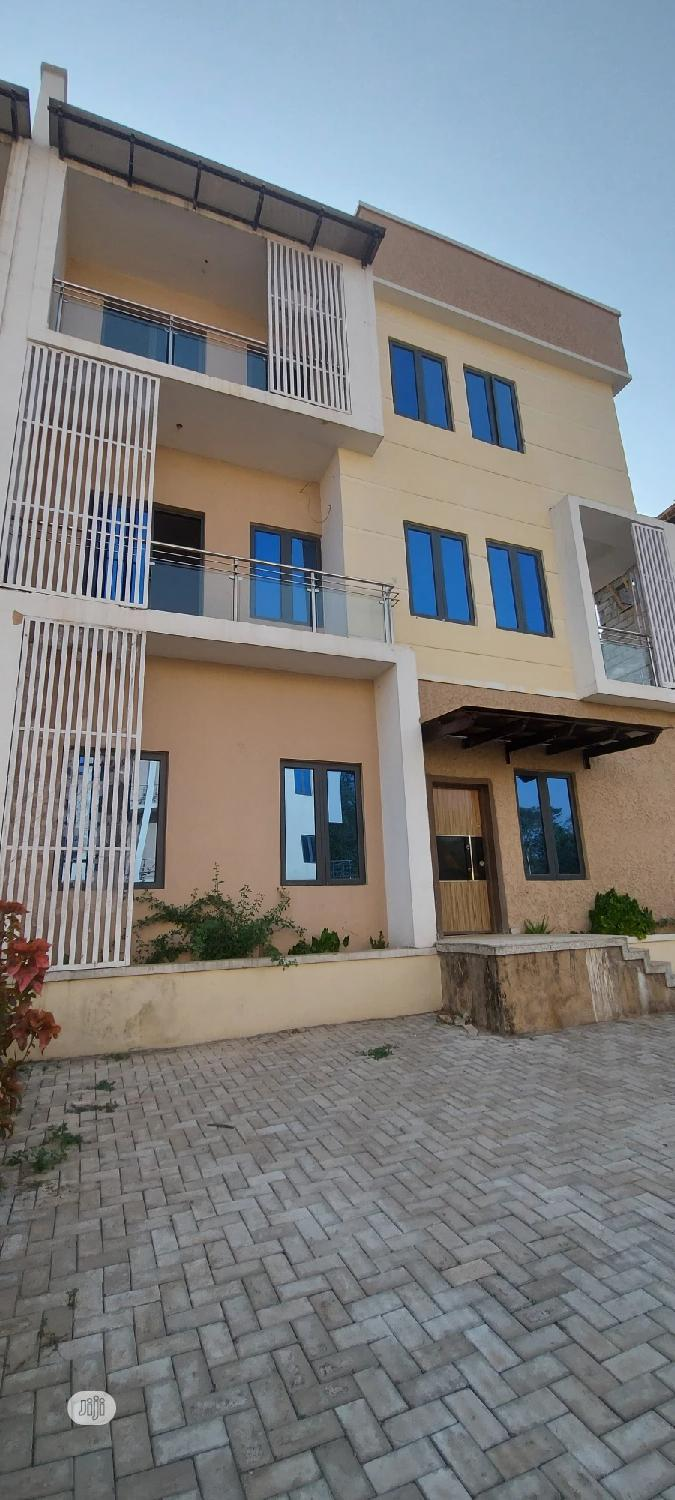 Newly Built 5bedroom Semi Detached Duplex With 3living Rooms | Houses & Apartments For Sale for sale in Wuse 2, Abuja (FCT) State, Nigeria