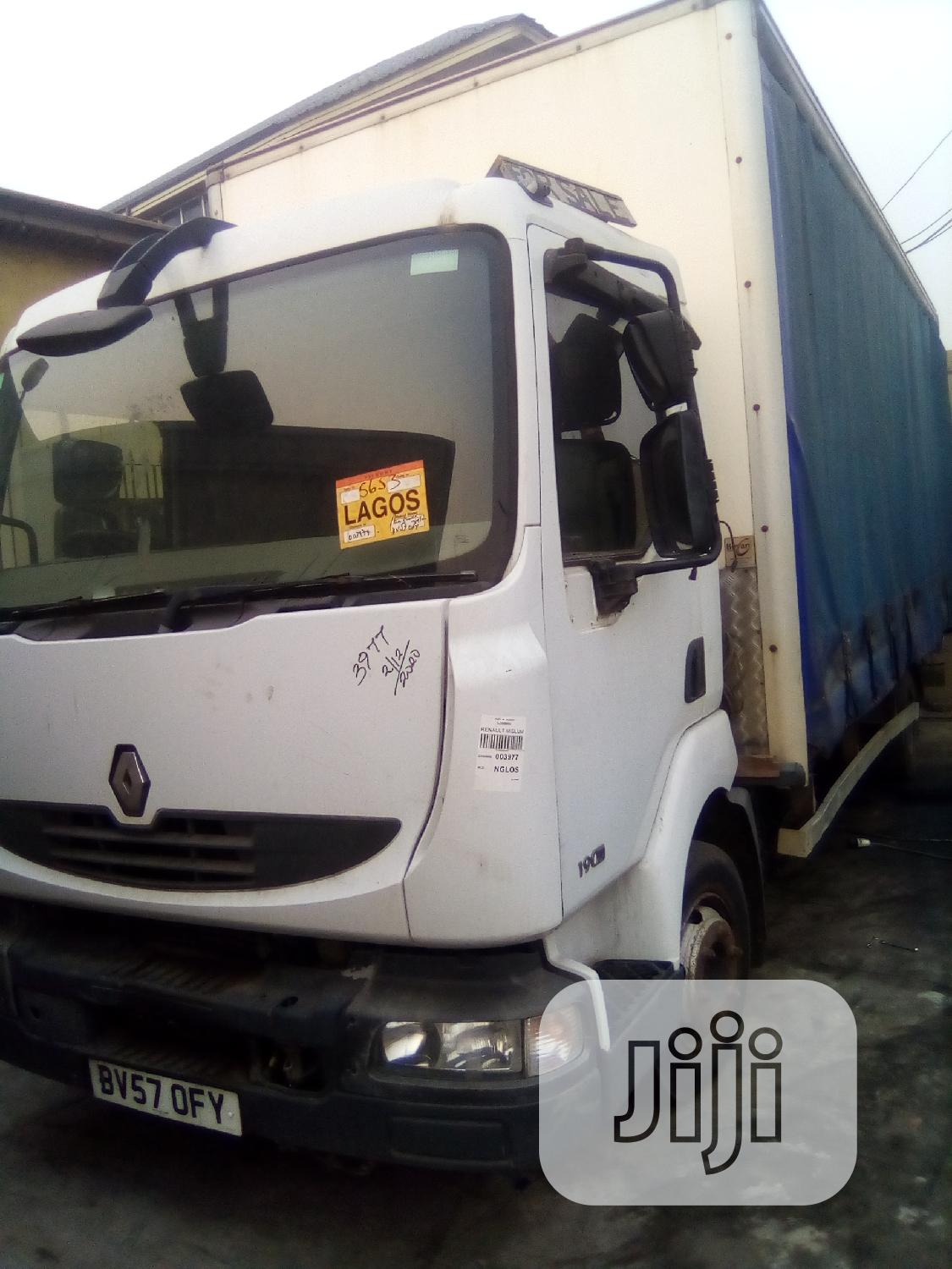 Renault Midluam 2010 Working Perfectly. For Sale
