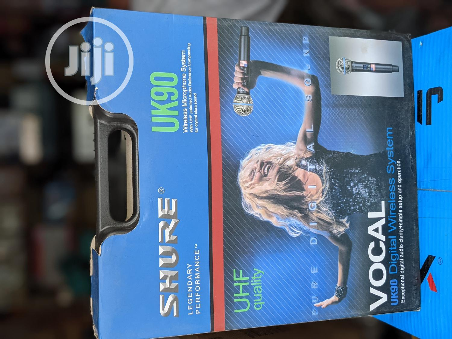 USA Shure Wireless Mic With Long Range,Digital Mics and Case