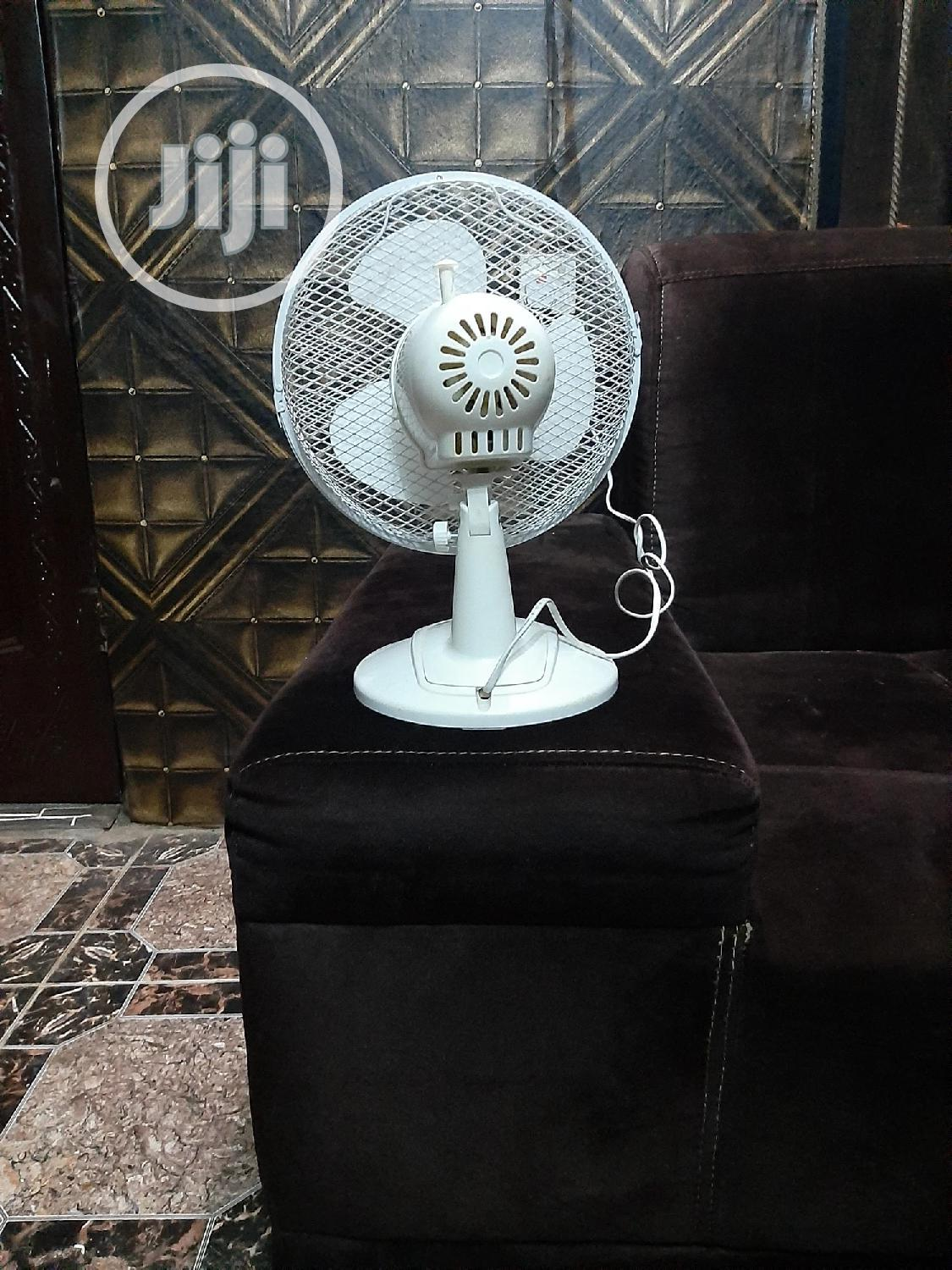 """By Sainsbury's 9"""" Desk/Table Fan 
