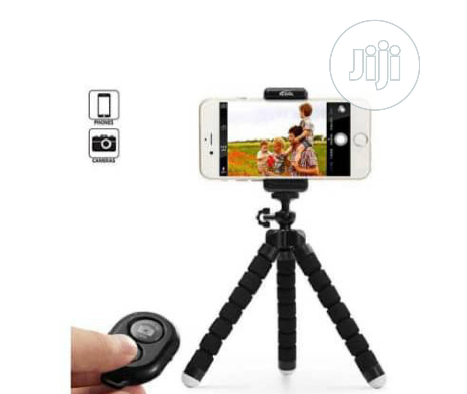 Selfie Stick(Uk Brand) | Accessories for Mobile Phones & Tablets for sale in Amuwo-Odofin, Lagos State, Nigeria