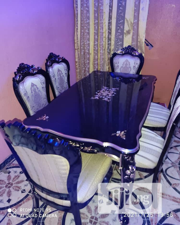 Archive: Classic Royal Wooden Dinning Table With Six Chairs