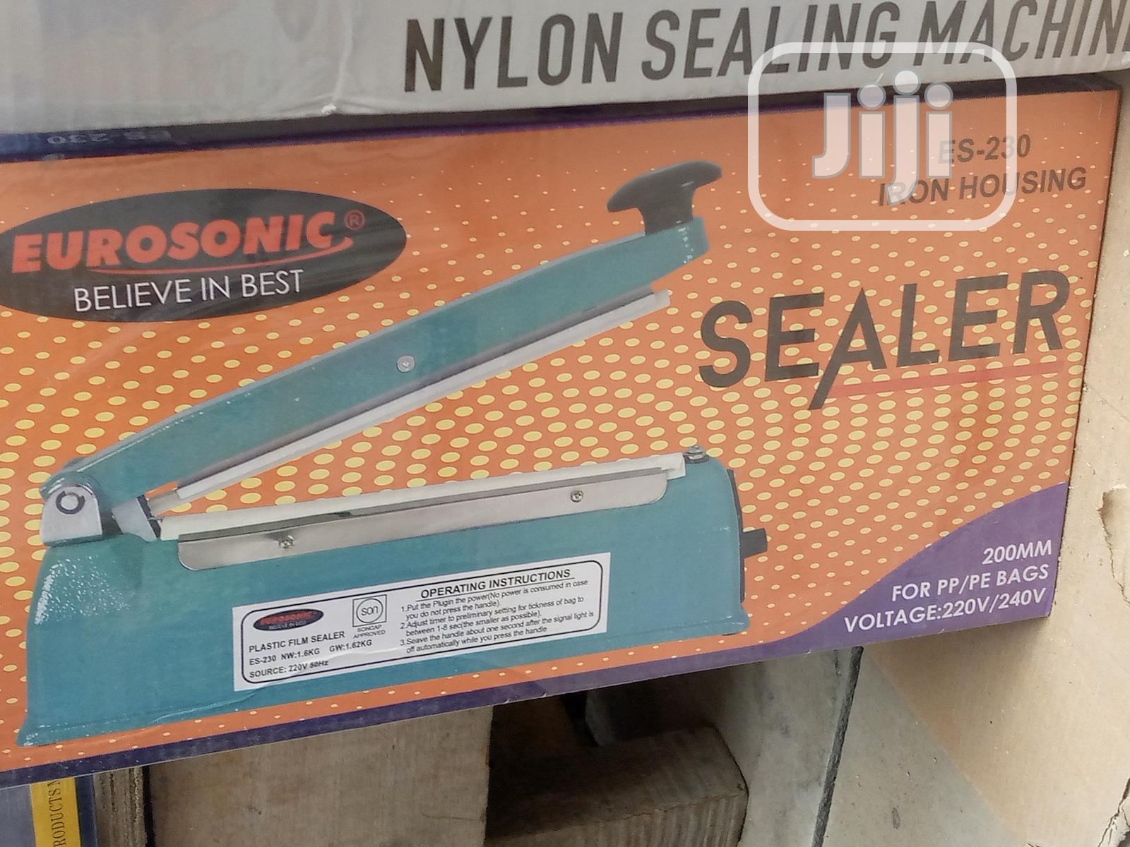 Eurosonic Sealing Machine
