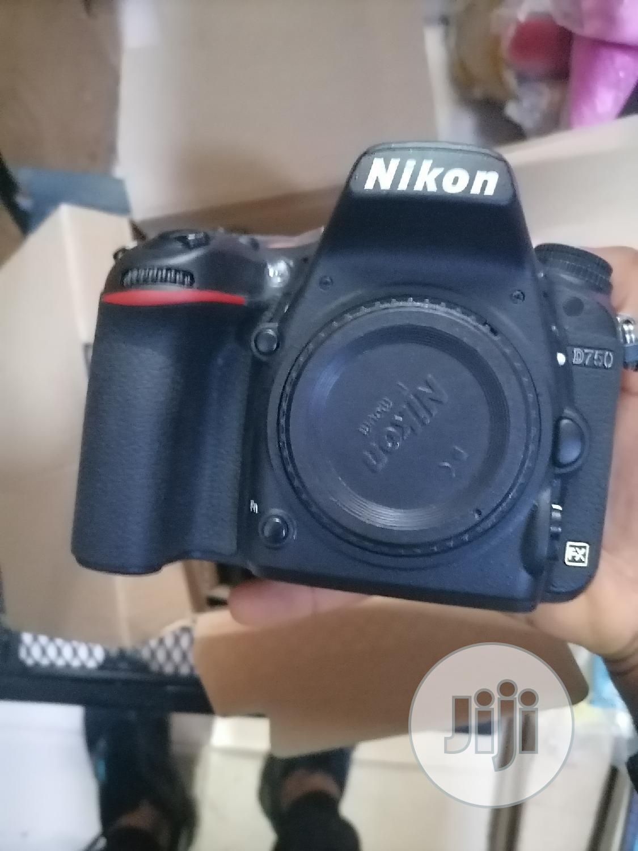 Nikon D750. Body Only