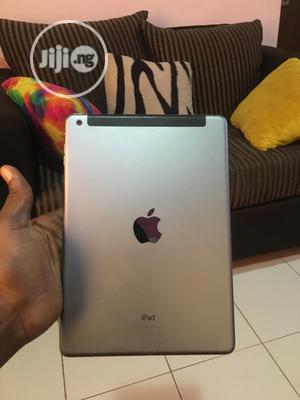 Apple iPad Air 2 32 GB Silver   Tablets for sale in Lagos State, Ajah