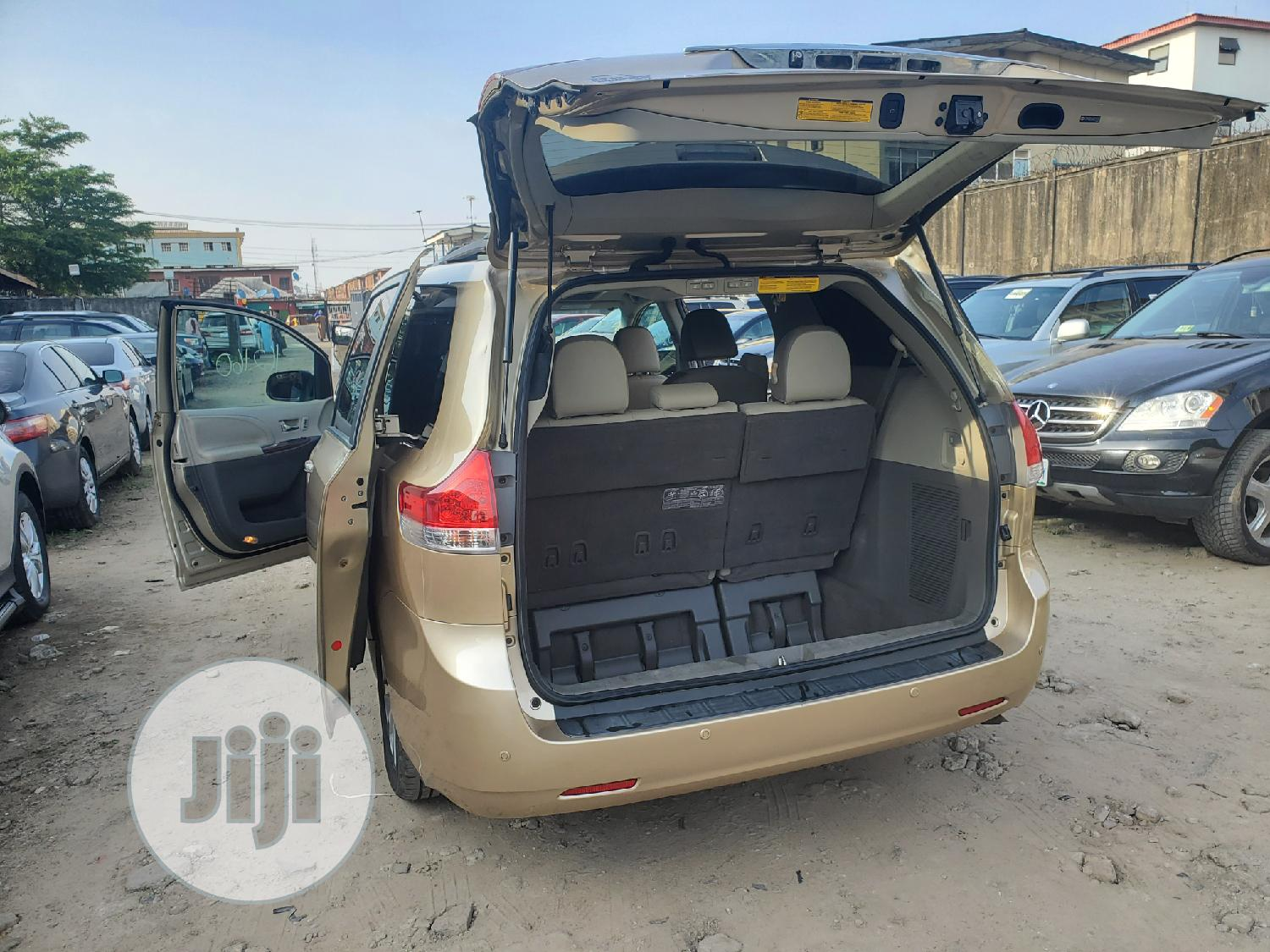 Toyota Sienna 2010 Limited 7 Passenger Gold   Cars for sale in Amuwo-Odofin, Lagos State, Nigeria