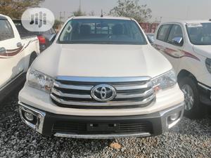 Toyota Hilux 2019 SR5 4x4 White | Cars for sale in Abuja (FCT) State, Jabi