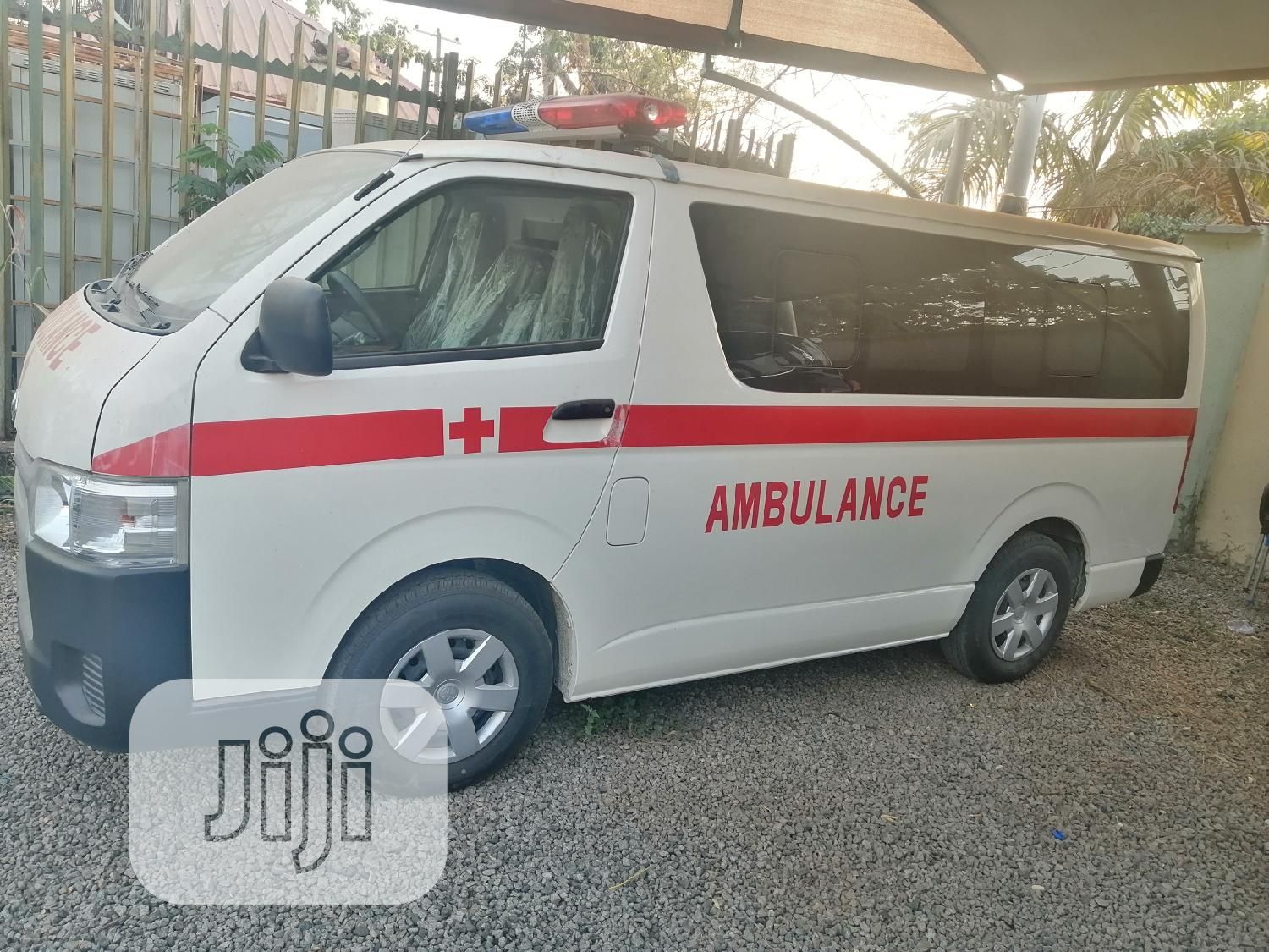 Come Check Out Dis Brand New 2019 Toyota Hiace Ambulance Bus | Buses & Microbuses for sale in Jabi, Abuja (FCT) State, Nigeria